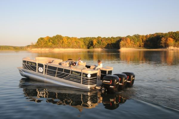 Need for Speed: 4 Fast Pontoon Boats You Need to Try Out!