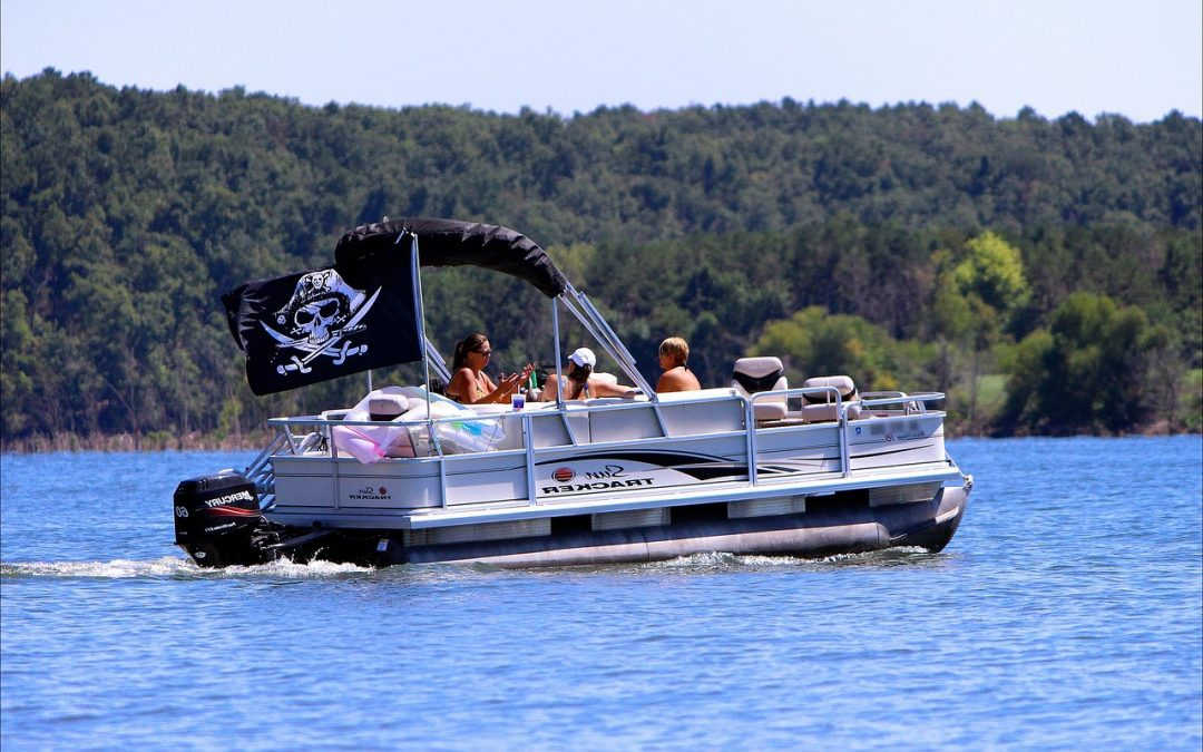 Things You Need to Know Before Renting a Pontoon Boat
