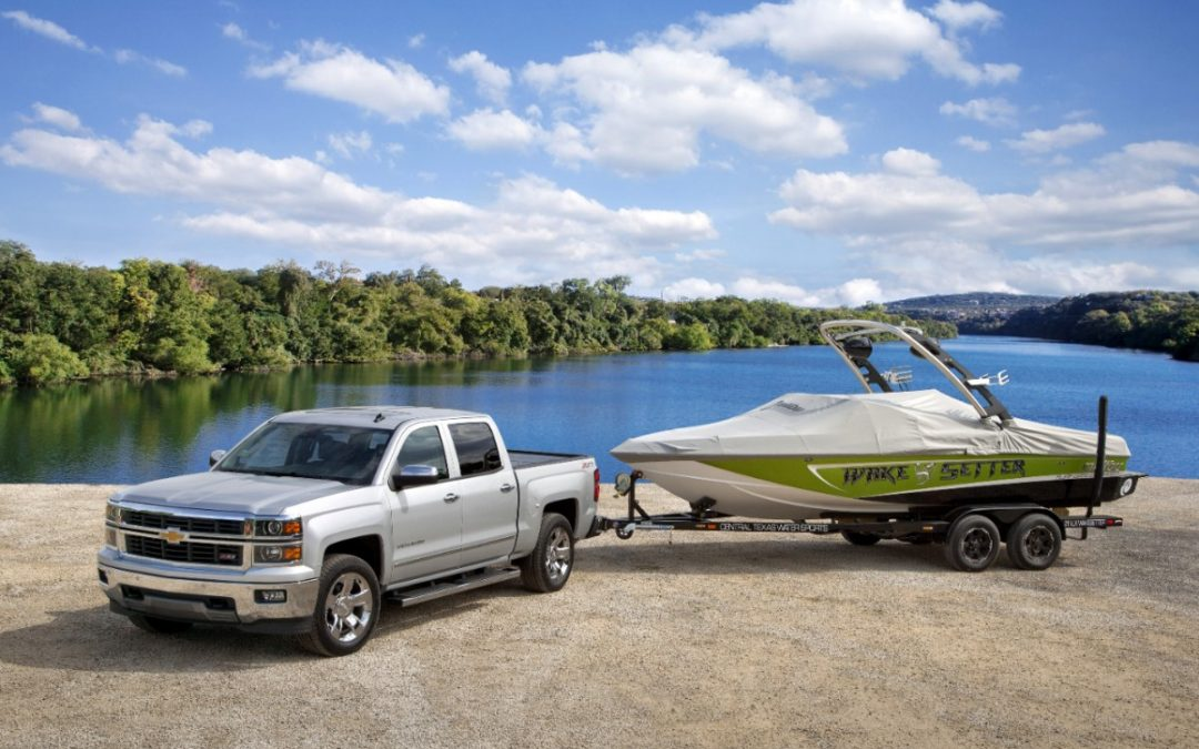 How to Pick the Right Boat Towing Vehicle