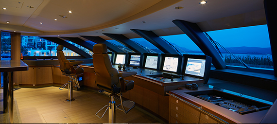 The Benefits of Modern Electronic Boat Navigation