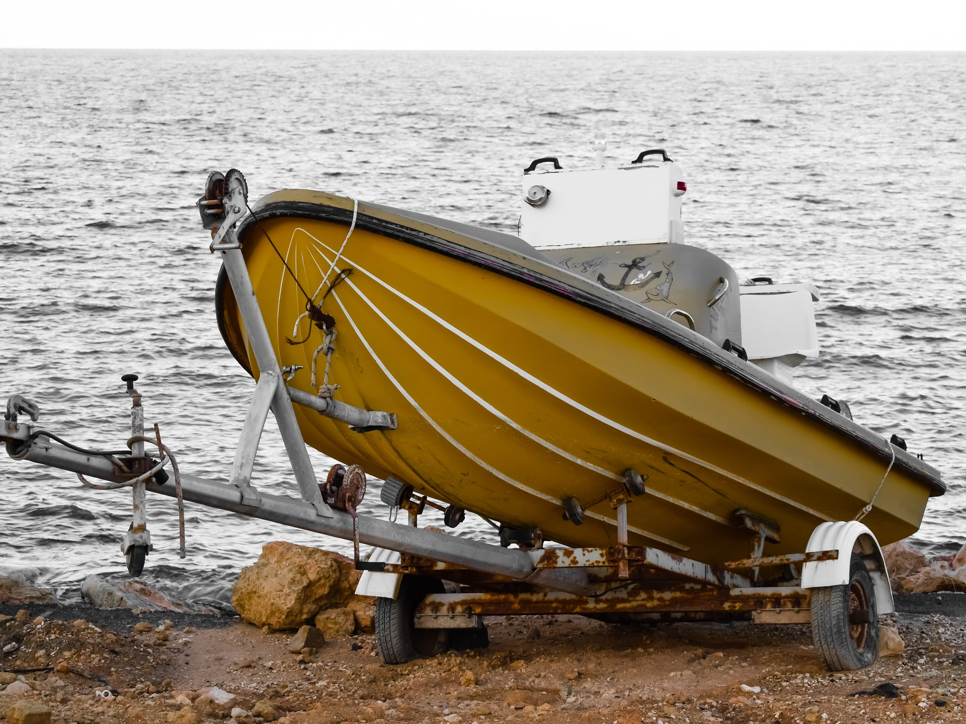 boat grounded trailer